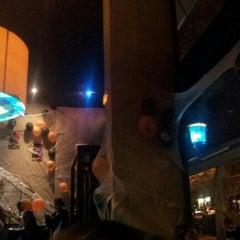 Photo taken at Pizza Jardin by Víctor B. on 10/31/2012