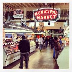 Photo taken at Sweet Auburn Curb Market by Jason B. on 2/22/2013