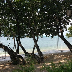 Photo taken at Gajapuri Resort and Spa Koh Chang by Birthe Moon Ji Kyung L. on 1/31/2013
