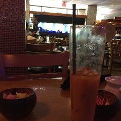 Photo taken at Tee Jay Thai Sushi by Livia C. on 7/21/2015