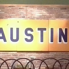 Photo taken at Austin Grill by Kellen H. L. on 12/13/2012
