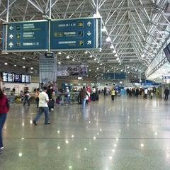 Photo taken at Aeroporto Internacional do Rio de Janeiro / Galeão (GIG) by Adriano A. on 10/1/2012