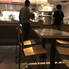 Photo taken at Chipotle Mexican Grill by Fong Y. on 6/27/2015