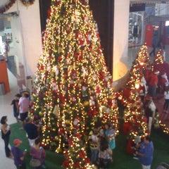 Photo taken at Araçatuba Shopping by Rafaela D. on 12/15/2012