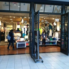 Photo taken at American Eagle Outfitters by Christian T. on 12/30/2012