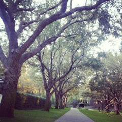 Photo taken at Nasher Sculpture Center by Jill M. on 11/25/2012