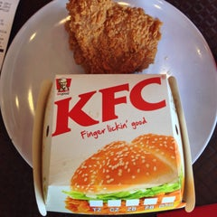 Photo taken at KFC by Saffuan Z. on 9/22/2015