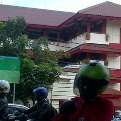 Photo taken at SMP Negeri 49 Jakarta by Nelsa N. on 1/22/2013