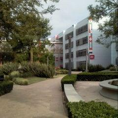 Photo taken at Universidad del Valle de México (UVM Campus Zapopan) by Karui I. on 3/11/2013