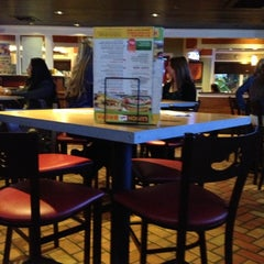 Photo taken at Chili's Grill & Bar by LoveLilyStarGazers on 11/8/2012