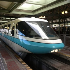 Photo taken at Monorail Teal by Chris M. on 1/25/2013