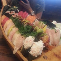 Photo taken at Sushi Boat by Paul N. on 9/27/2013
