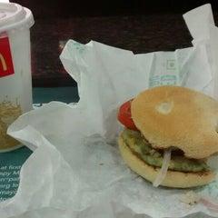 Photo taken at McDonald's by Geetanjali D. on 9/30/2014
