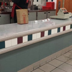 Photo taken at Arby's by Dorre Z. on 2/5/2015