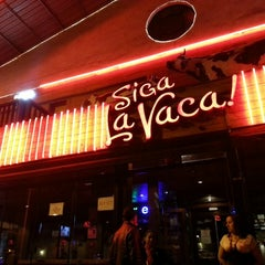 Photo taken at Siga La Vaca! by Rodrigo L. on 10/20/2013