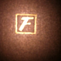 Photo taken at Fleming's Prime Steakhouse & Wine Bar by Michelle S. on 11/25/2012
