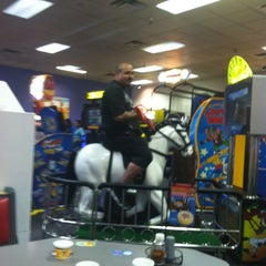 Photo taken at Chuck E. Cheese's by Juan M. on 12/16/2012