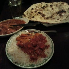 Photo taken at Cedars Restaurant by Kennedy S. on 11/13/2012