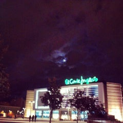 Photo taken at Plaza De La Concordia by Davididis D. on 10/31/2012