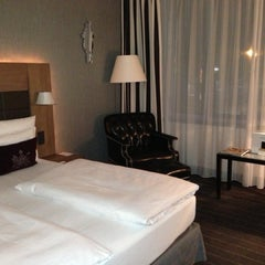Photo taken at Mövenpick Hotel Stuttgart Airport & Messe by Torsten H. on 12/19/2012