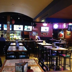Photo taken at Winking Lizard Tavern by Ty B. on 2/27/2013