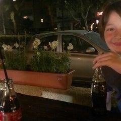 Photo taken at Ben Gurion Pizzeria (הפיצרייה בן גוריון) by Niv K. on 3/8/2013