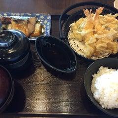 Photo taken at Yayoi (ยาโยอิ) by nattyp. on 10/21/2015