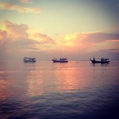 Photo taken at หาดในยาง (Nai Yang Beach) by Evgenij B. on 1/22/2013