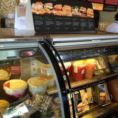 Photo taken at Starbucks by Martin G. on 11/21/2012