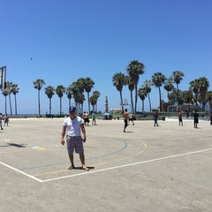 Photo taken at Venice Beach Basketball Courts by chino on 7/24/2015
