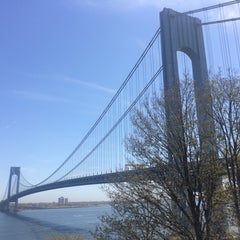 Photo taken at Fort Wadsworth by Eugene K. on 5/3/2015