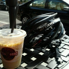 Photo taken at It's A Grind Coffee House by yuseri1019 on 10/6/2012