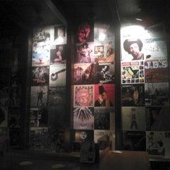 Photo taken at Zeplin Pub & Delicatessen by Sevenos on 4/7/2013
