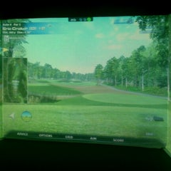 Photo taken at Tee It Up Golf Center by Shane B. on 9/27/2012