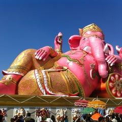 Photo taken at วัดสมานรัตนาราม (Wat Samanrattanaram) by Yada W. on 12/30/2012