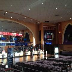 Photo taken at Regal Cinemas El Dorado Hills 14 & IMAX by マリオ ア. on 2/4/2013