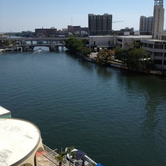 Photo taken at Sheraton Tampa Riverwalk Hotel by Cres C. on 3/15/2013