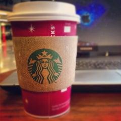 Photo taken at Starbucks by Arthur S. on 11/5/2012