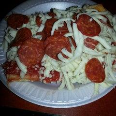 Photo taken at Beto's Pizza & Restaurant by nino D. on 7/24/2013