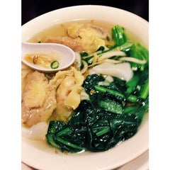 Photo taken at Ivy Noodle by Katie D. on 4/10/2014