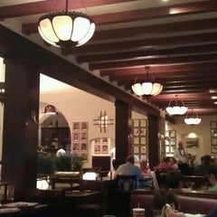 Photo taken at The Hollywood Brown Derby by Emily D. on 11/5/2012