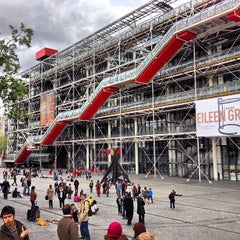 Photo taken at Centre Pompidou – Musée National d'Art Moderne by Jerry K. on 5/12/2013