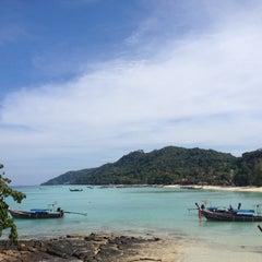 Photo taken at Phi Phi Natural Resort by Saiven C. on 3/10/2015