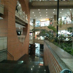 Photo taken at C.C. Plaza Las Américas by Rhendell Z. on 5/28/2013