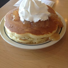 Photo taken at IHOP by Amy L. on 8/27/2013
