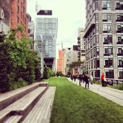 Photo taken at High Line by Nick S. on 5/25/2013
