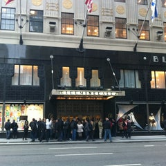 Photo taken at Bloomingdale's by Juliano B. on 1/11/2013