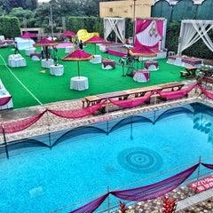 Photo taken at Radisson Hotel by Arjun on 10/12/2013