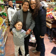 Photo taken at Super Foodtown by Maria . on 2/27/2013