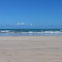 Photo taken at Praia do Pina by Diogenes M. on 2/4/2013